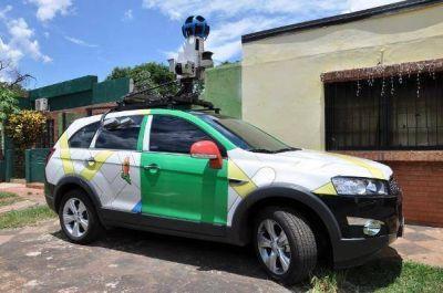 El vehículo del Street View, se encuentra recorriendo Iguazú.