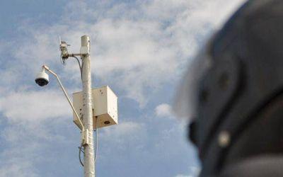 Pinamar: Empresa reclama casi 1 millón de pesos a Muriale por falta de pago