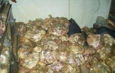 Abandonaron casi una tonelada de carne en una carnicería