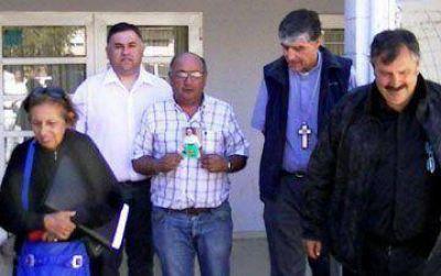 El obispo presente en Caleta Olivia
