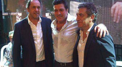 """Mariotto junt� a Scioli y Urribarri en un acto donde se pidi� la """"unidad"""" del kirchnerismo"""