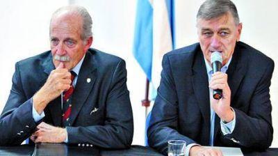 """El equipo del FAP propone """"revisar"""" el gasto público"""