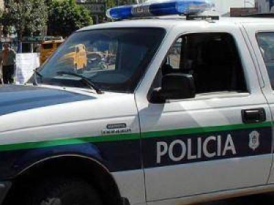 Un hombre enfrentó a delincuente que ingresó en su casa