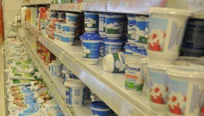 El Gobierno pretende regular más las exportaciones lácteas