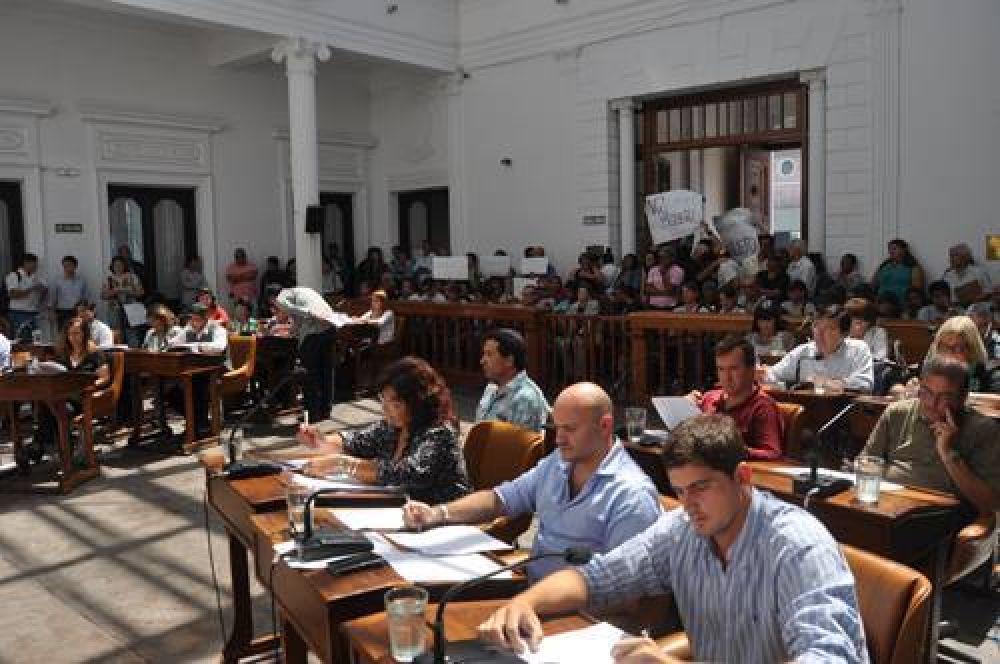 """Vercelli adelantó que demandará a concejales, y éstos hablaron de """"extorsión"""""""