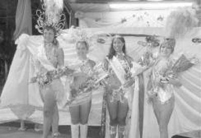 Coronaron a la joven Belén Ferreira como la Reina del carnaval de Oberá
