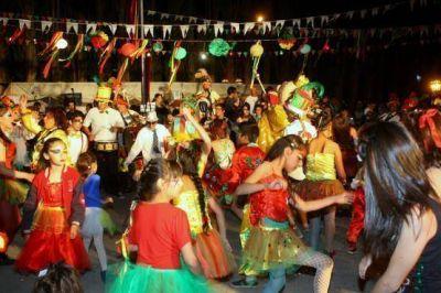 Con los festejos del Carnaval culminó la 2° Fiesta Nacional del Lago Argentino