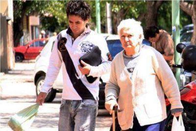 Guaymallén: apoyo para familiares de adultos mayores