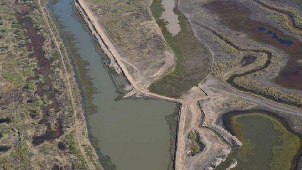 Siguen construyendo terraplenes ilegales en el delta entrerriano