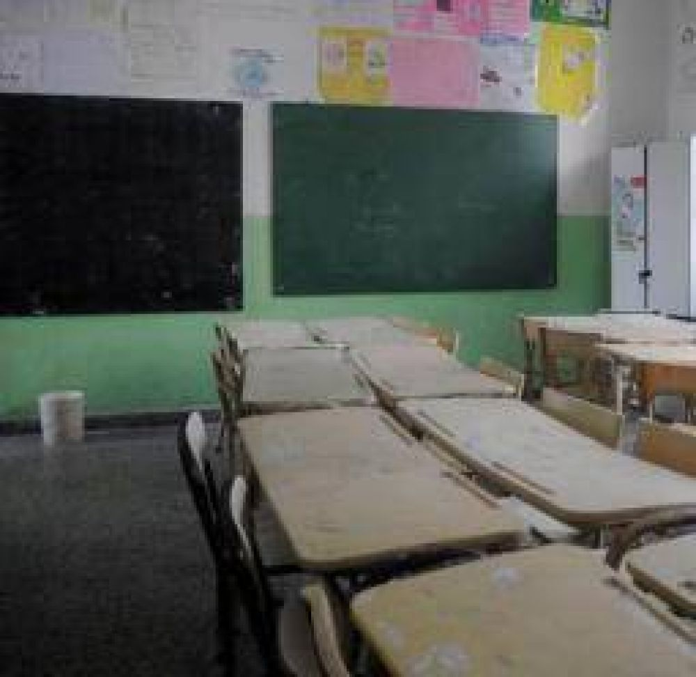 Los gremios docentes y el gobierno riojano miden fuerzas