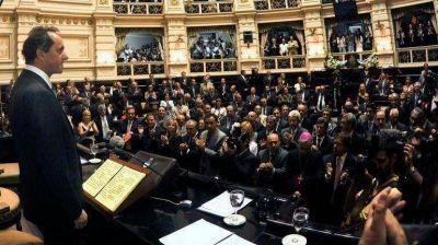 Scioli inaugura las sesiones ordinarias de la Legislatura bonaerense