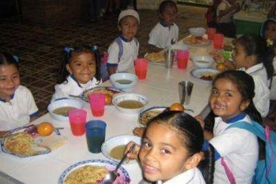 Alistan un plan alimentario para 2.100 niños