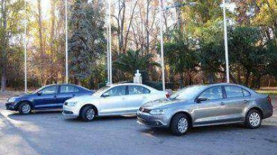 La AFIP confirmó que se estudian variantes por la suba del impuesto a los autos de alta gama