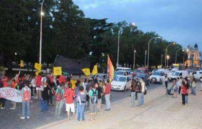 La Asamblea por el Transporte se movilizó contra un nuevo pedido de aumento del boleto
