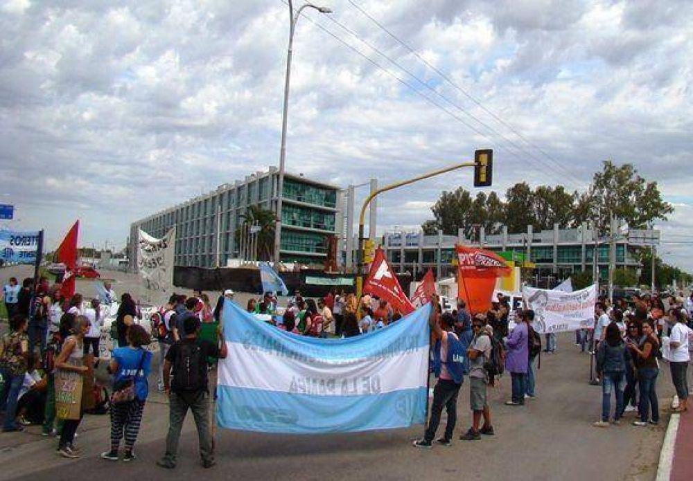 Arranca la paritaria: la Intersindical pretende un sueldo mínimo de $ 9.200
