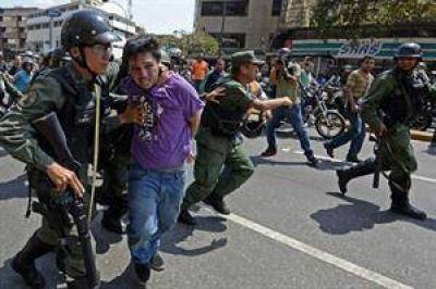 Dos nuevos muertos en Venezuela aumentan la tensión social y la crisis política