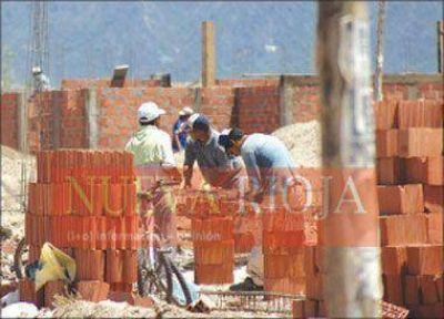 Piden a las constructoras que sostengan el empleo por 60 días