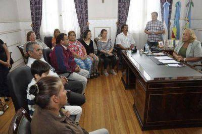 La Intendente Stella Giroldi entregó nuevas Pensiones Nacionales y Municipales