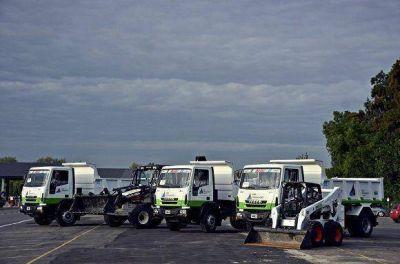 Cinco nuevos vehículos amplían la flota municipal de San Fernando