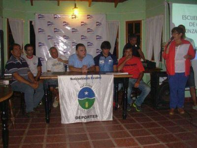 Canotaje: Se presentó la Escuela Municipal en Regatas