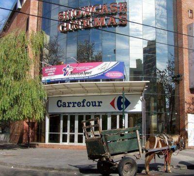 La Comuna clausuró Carrefour Quilmes Centro