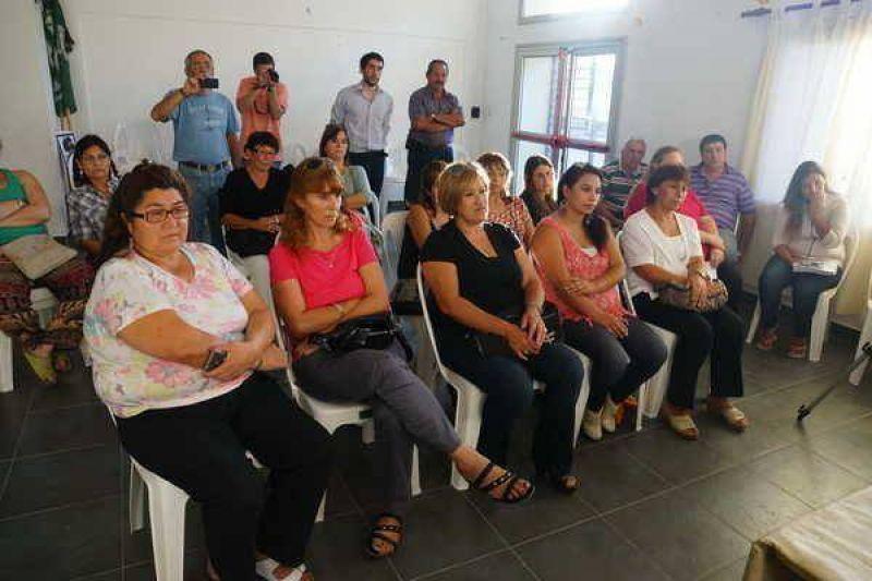 SE PUSO EN MARCHA AYER EN ESTA CIUDAD EL SINDICATO DE EMPLEADAS EN CASAS DE FAMILIA