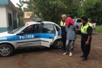 Secuestraron autopartes y vehículos robados en avenida Papa Francisco al 1400