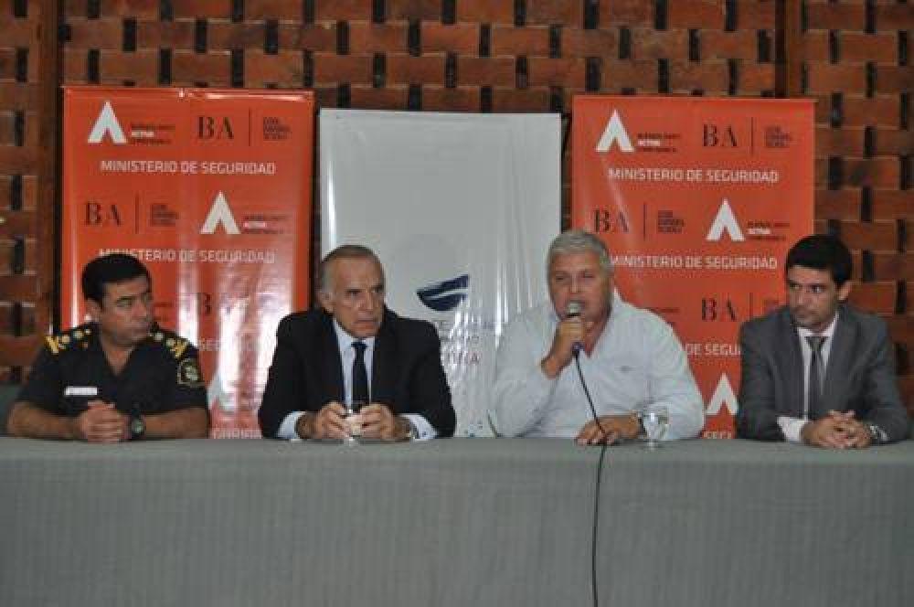 Lanzan en San Nicolás una fuerte campaña de formación policial: convocan a jóvenes de seis municipios de la región