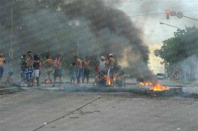 Por protestas, hay un promedio de 2 cortes de calle por día en La Plata