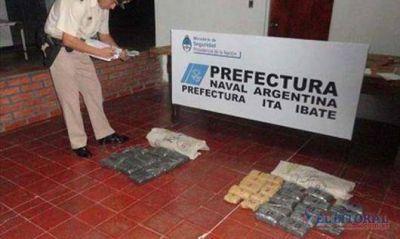 Itá Ibaté: Prefectura secuestró 20 kilos de droga en el monte
