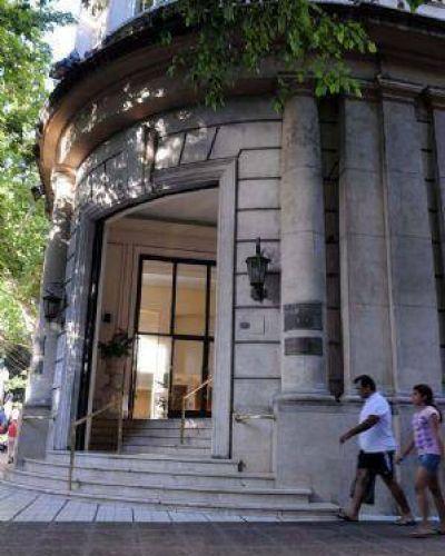 Arrancó formalmente la fusión del Merval Mendoza y Rosario
