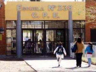 Rincón: Agredieron a la directora del colegio por no inscribir a su hijo