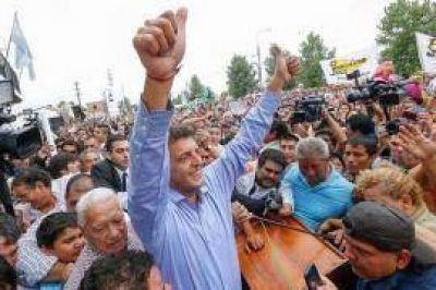 """Massa prometió políticas """"para sacar a Tucumán del estancamiento"""" y que """"no habrá impunidad para delincuentes"""""""