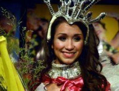 Pamela Benítez es la nueva reina de los corsos municipales