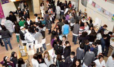 El Calafate: Más de 200 alumnos sin lugar en escuelas y colegios