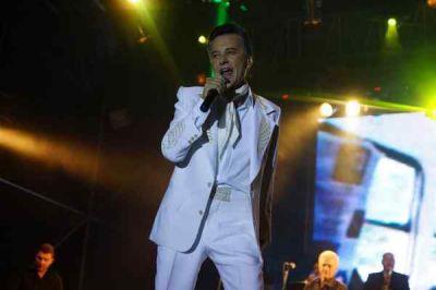 Palito Ortega trajo la felicidad a la Fiesta de la Vaca