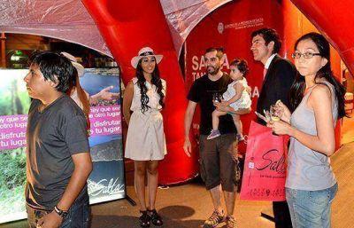 Miles de visitantes pasaron por el stand de Salta en Mendoza