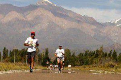 Se viene la Media Maratón por los Caminos del Vino  Tweet