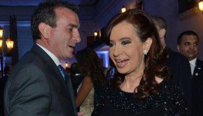 El Gobernador participó anoche en la despedida oficial de Piñera