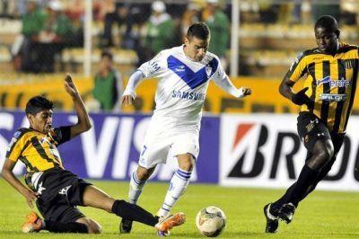 Vélez no pudo en la altura y con suplentes perdió ante The Strongest en la Copa Libertadores