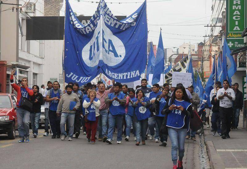 FGE y Multisectorial marcharon por una recomposición salarial
