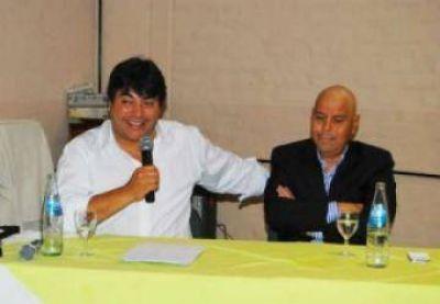 Arroyo y Peralta en encuentro con intendentes y referentes sociales del Alto Valle Este y Centro