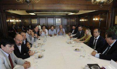 En el encuentro con Scioli, Inza planteó inquietudes y necesidades de la comunidad azuleña