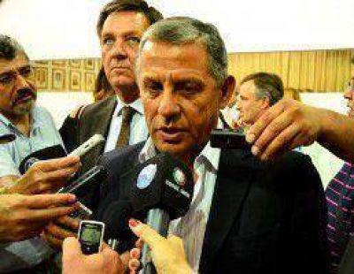 Quiroga frena una eventual asociación CALF-Plottier