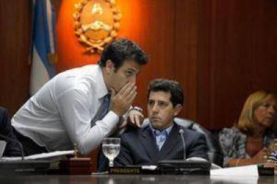 Divide a la Magistratura la investigación contra Oyarbide