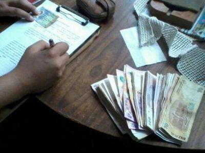 Una mujer detenida por robarle más de 11000 pesos a una anciana