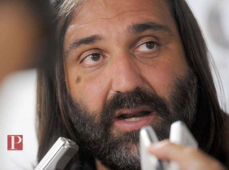 Baradel dijo que la Provincia desconoce la Constitución y le pidió a Mariotto que se asesore bien