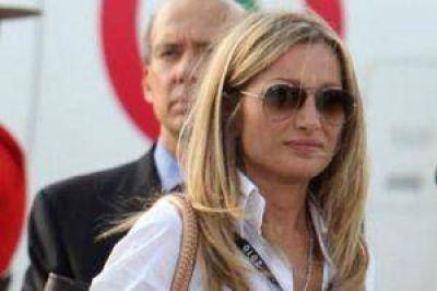 Detuvieron a una exsecretaria de Berlusconi con 24 kilos de cocaína
