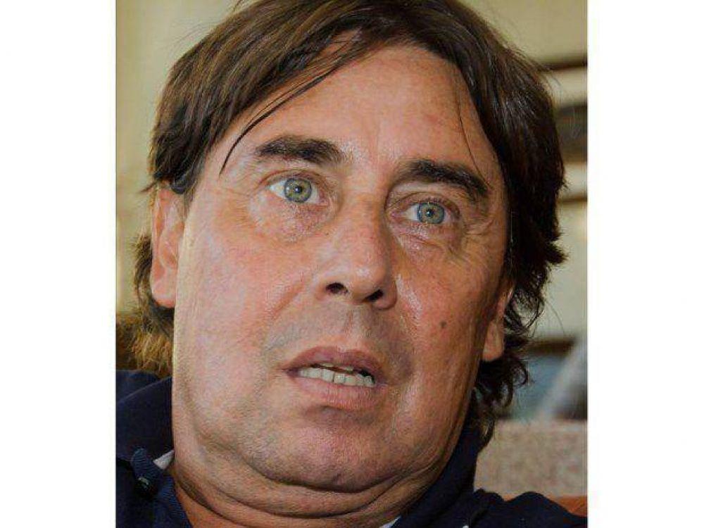"""Pablo Micheli: """"No es verdad que el maestro falta mucho"""""""