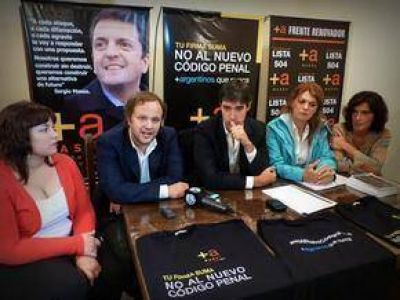""""""" Se está consolidando el Frente Renovador en Azul"""""""
